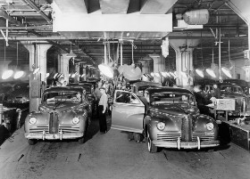 Packard assembly line - Detroit 1941
