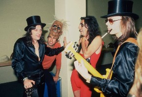 Dick Wagner (far left) with Alice Cooper and Steve Hunter
